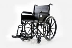 """כסא גלגלים מוסדי עם רגליות פריקות וידיות פריקות Basic רוחב 45 ס""""מ"""