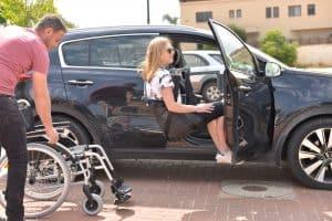 מנוף להרמת אדם לרכב Meyland Carlift