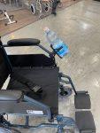 מחזיק בקבוק מים לכסא גלגלים